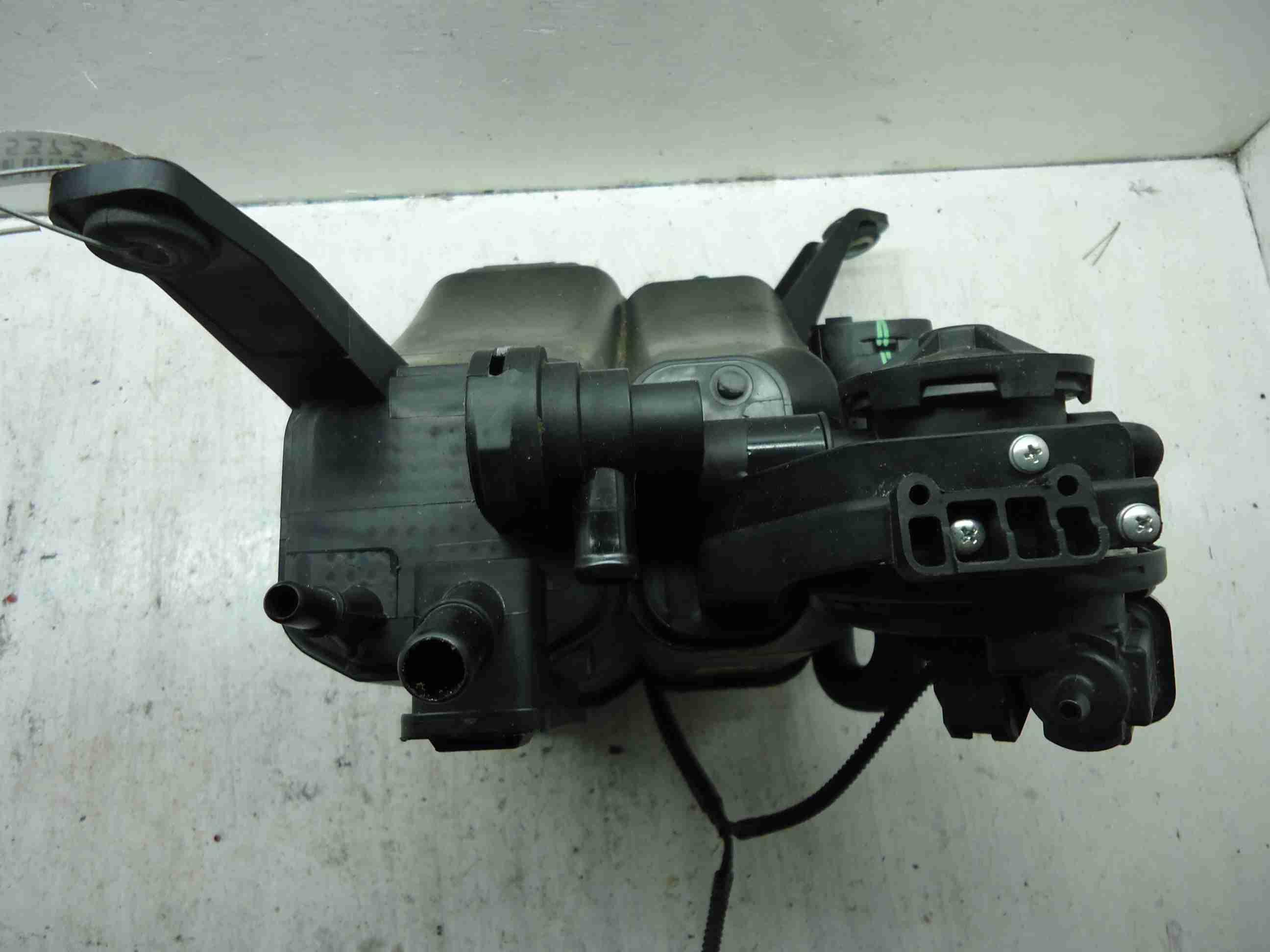 Абсорбер (фильтр угольный) 7L0906271C 7P0201801E  Volkswagen Touareg II (7P) 2010 - 2018 3.6FSI