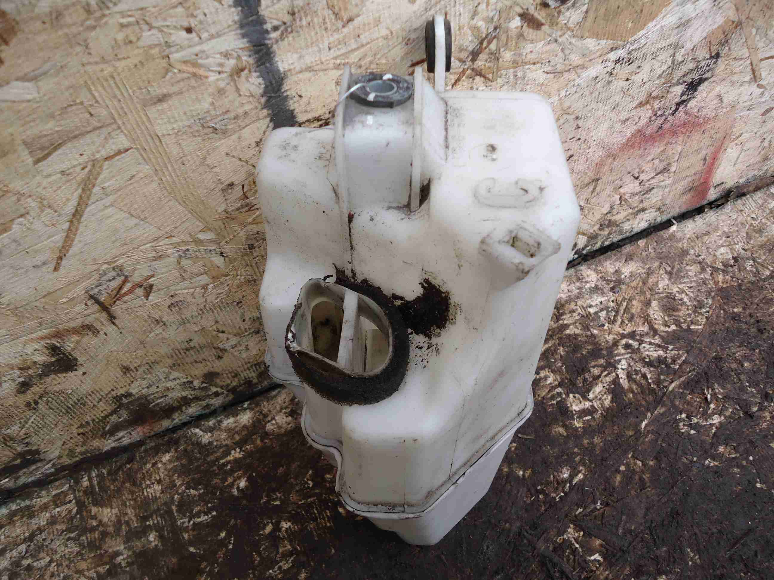 Резонатор воздушного фильтра Toyota  178050P010