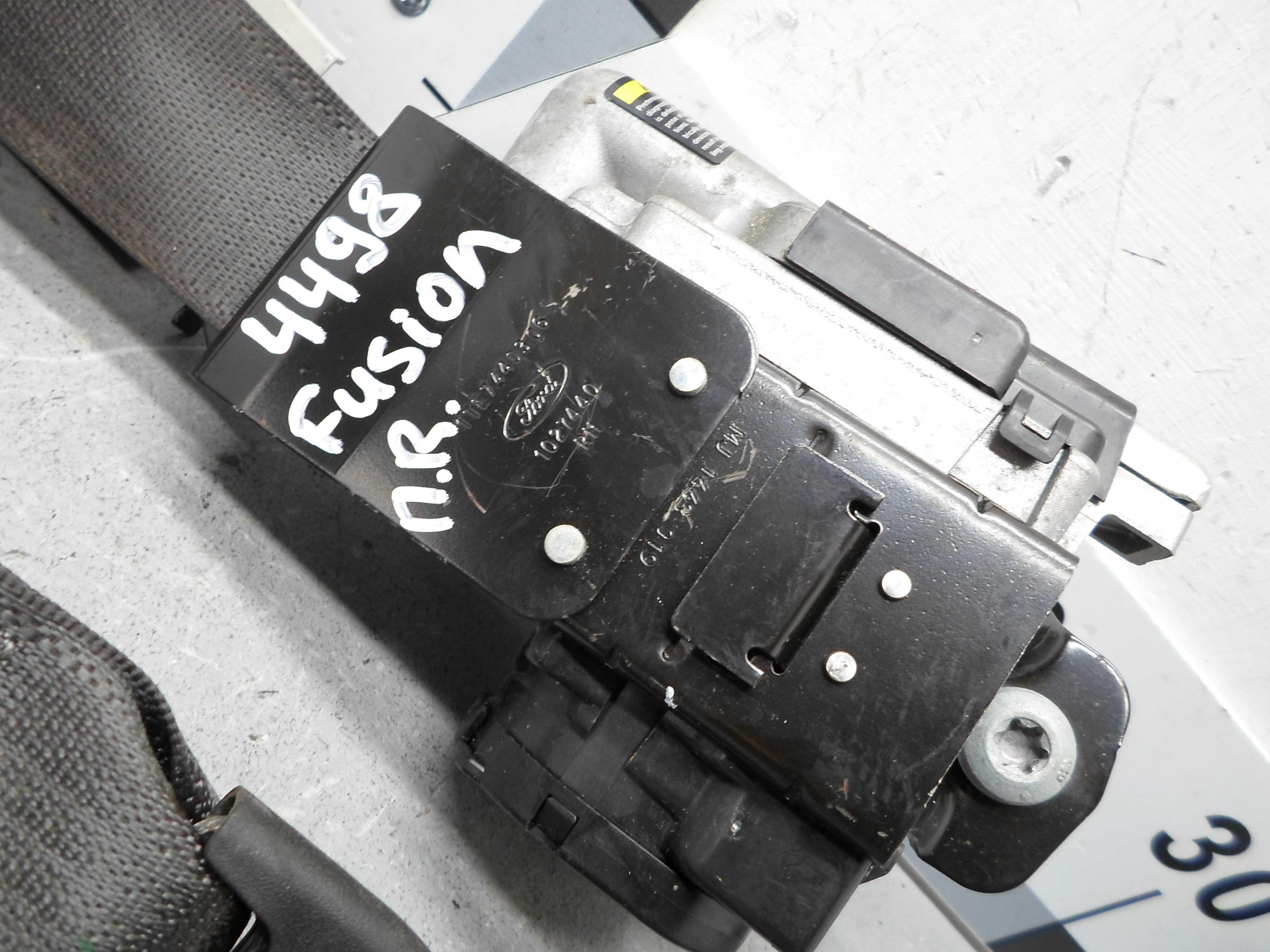 Ремень безопасности передний правый   DG9354612D64AJ