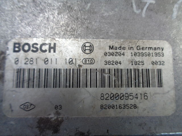 Блок управления ДВС 8200095416  0281011101 Renault Laguna II (BG,KG) 2001 - 2007 1.9DCI