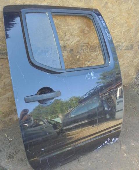 Дверь задняя правая    Nissan Navara (D40) 2004 - 2015 2.5dCi