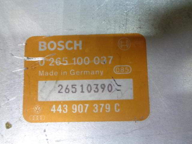 Блок управления ABS 443907379C  0265100037 Audi 80 B4 (8C) 1991 - 1995 2.8i