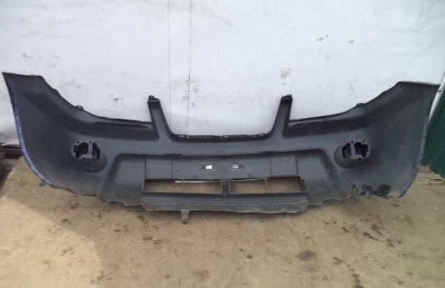 Бампер передний    Nissan X-Trail I (T30) 2001 - 2007 2.0i